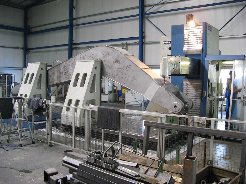 Erweiterungsinvestitionen in Fertigungstechnik 2006